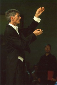 Pierre Calmelet dirige le Madrigal de Paris